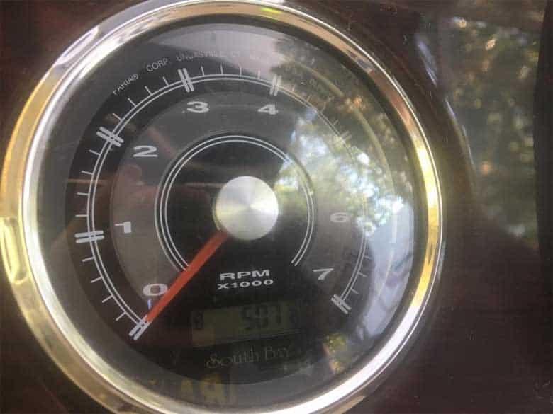 Pontoon engine hours clock