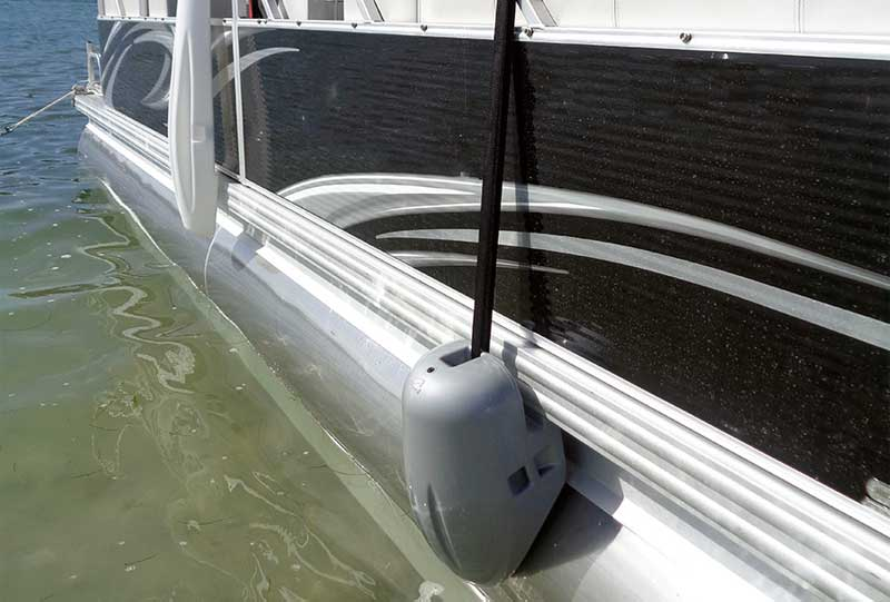 The Best Fender Adjusters for Pontoon Boat Rails [ MUST READ