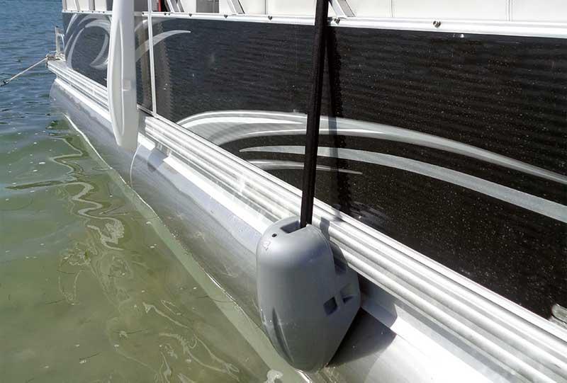 fender adjuster for pontoon boat rails