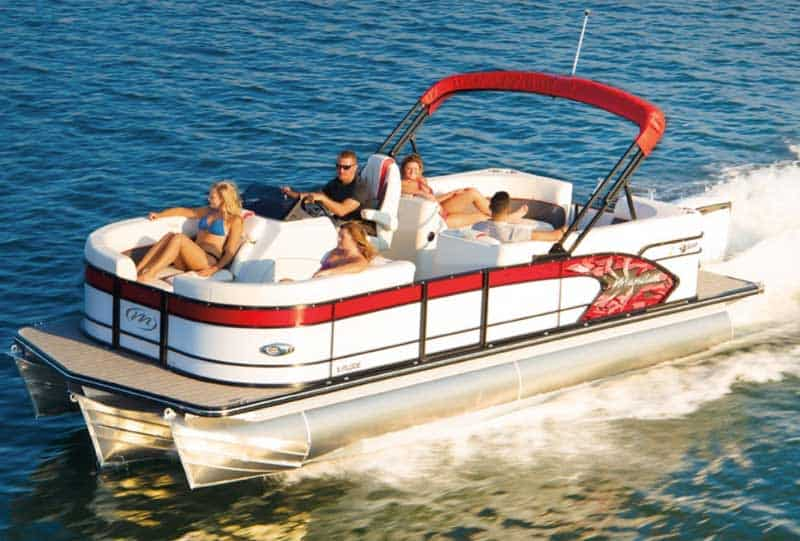 Pontoon Boat Speeds & How Fast Can a Pontoon Boat Go?