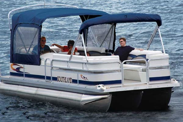 Portable Boat Toilet : Pontoon boat bathrooms: what toilet set up you need
