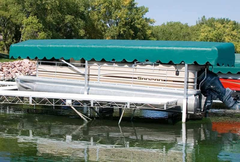 Pontoon Boat Lifts: Reviews of Different Types + The Best to Choose