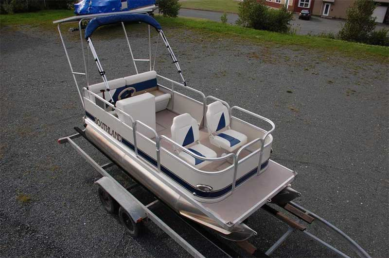 electric motor pontoon boat on a southland mini pontoon