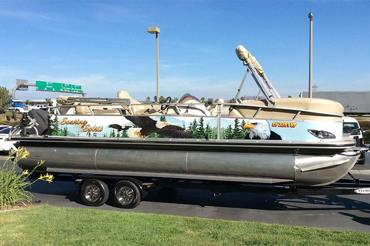 pontoon boat wraps and graphics from Gator