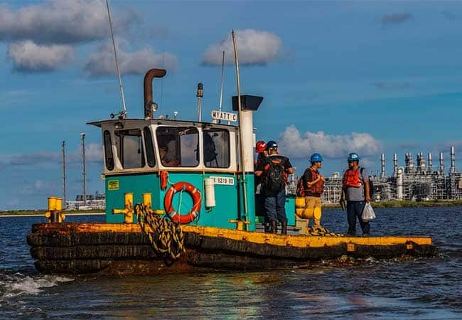 tugboat deckhand salary